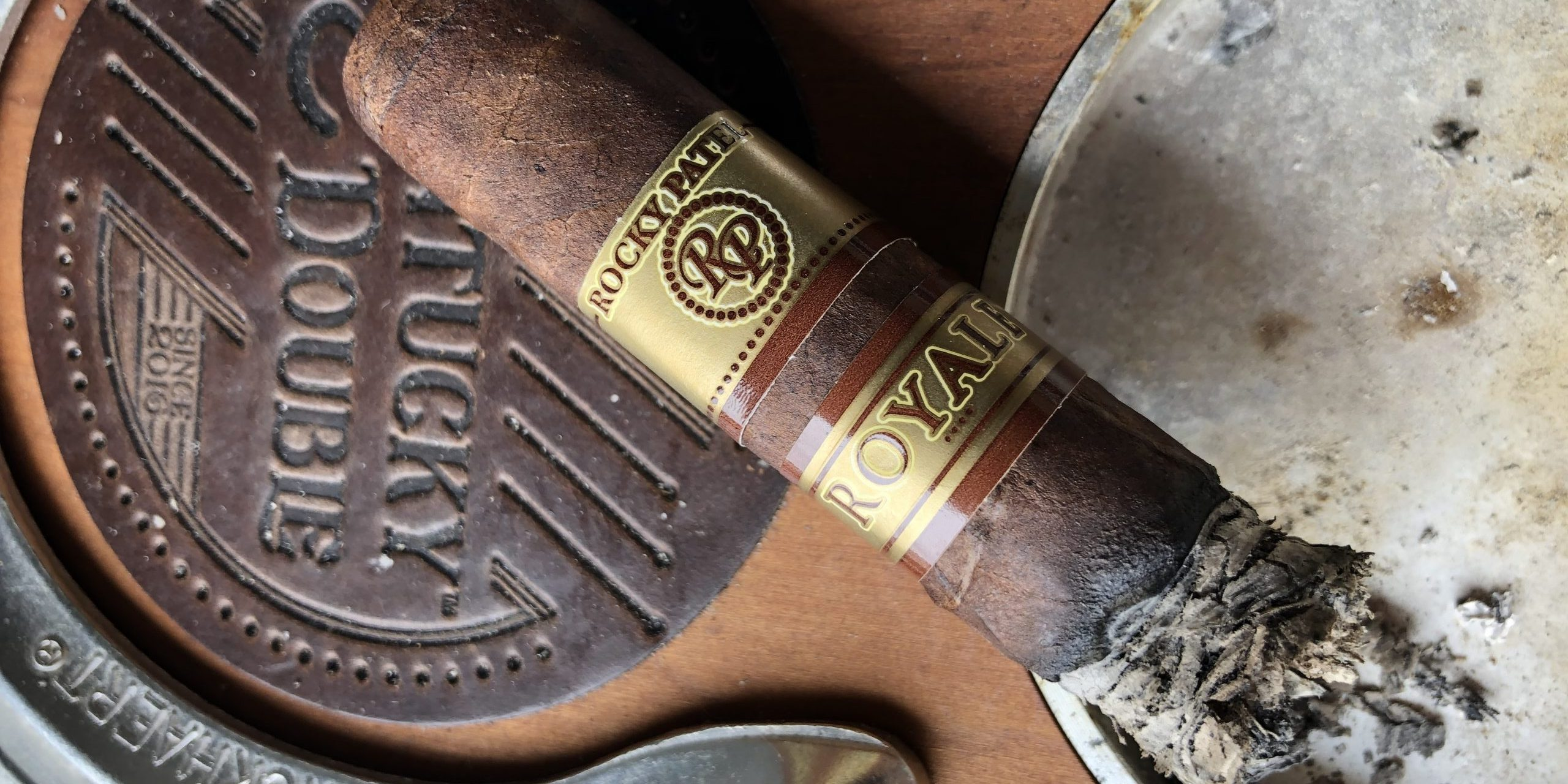 You are currently viewing Rocky Patel Royale Robusto Cigar Review