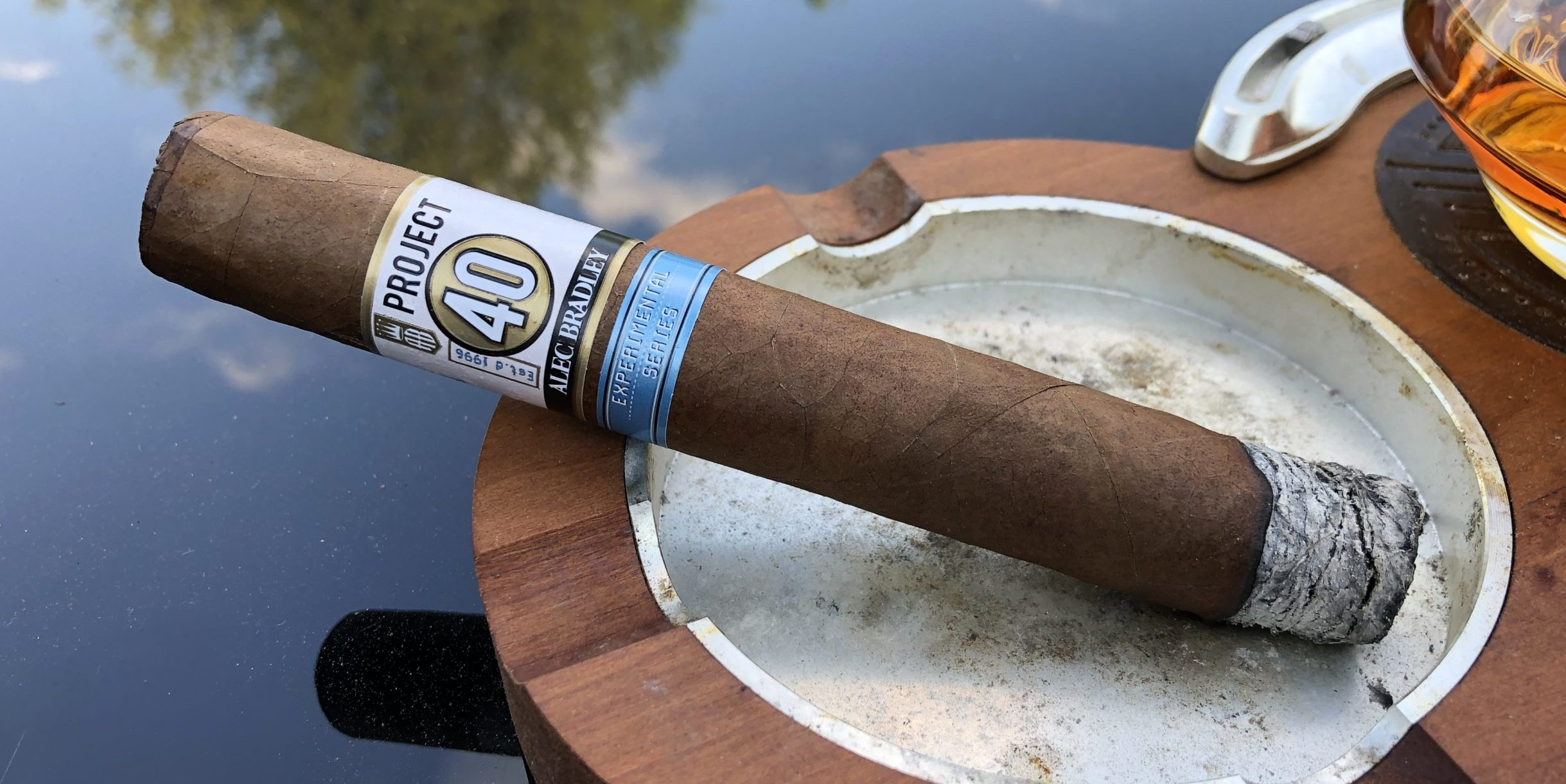 You are currently viewing Alec Bradley Project 40 Toro Cigar Review