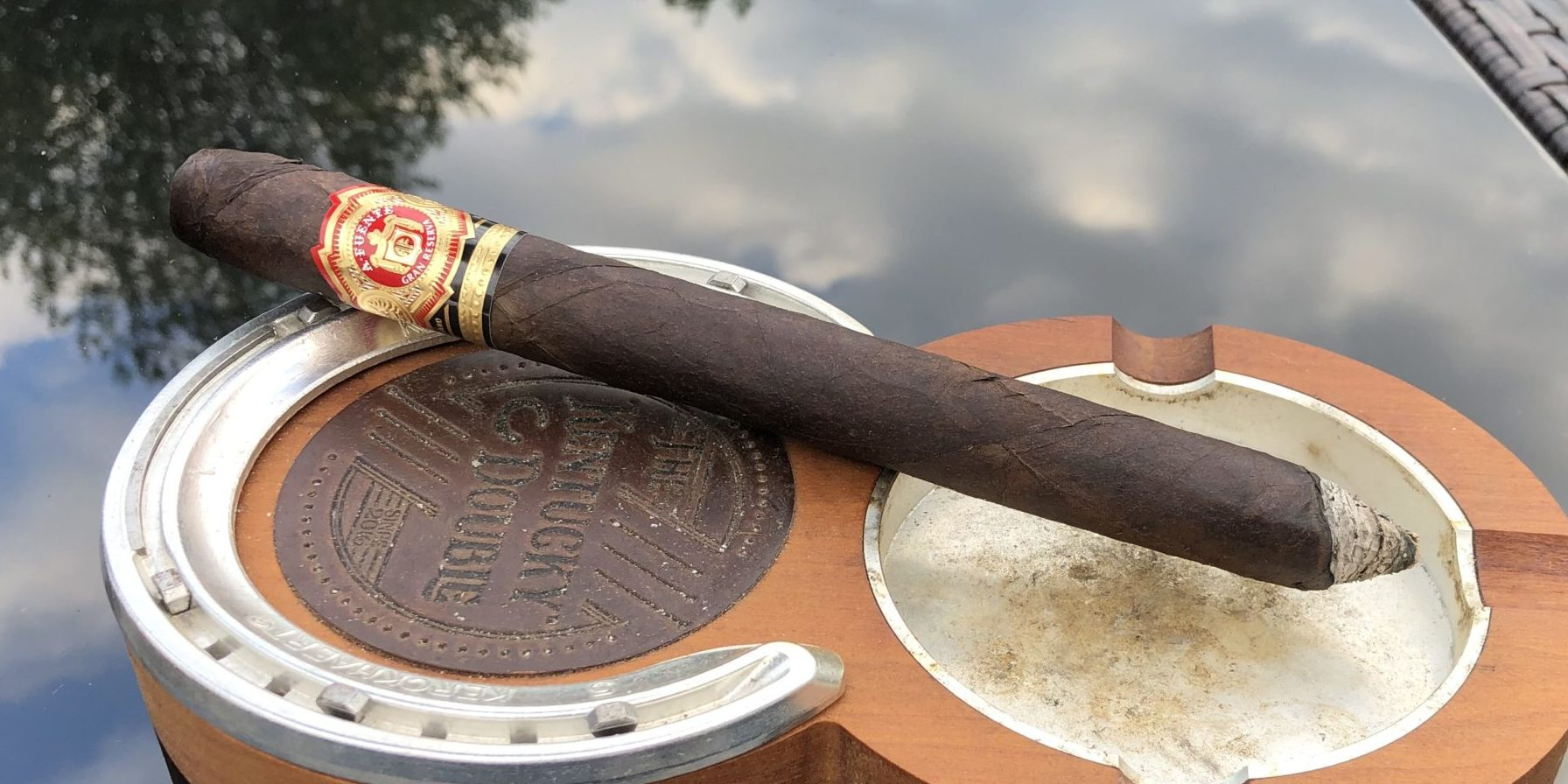 You are currently viewing Fuente Hemingway Masterpiece Maduro Cigar Review