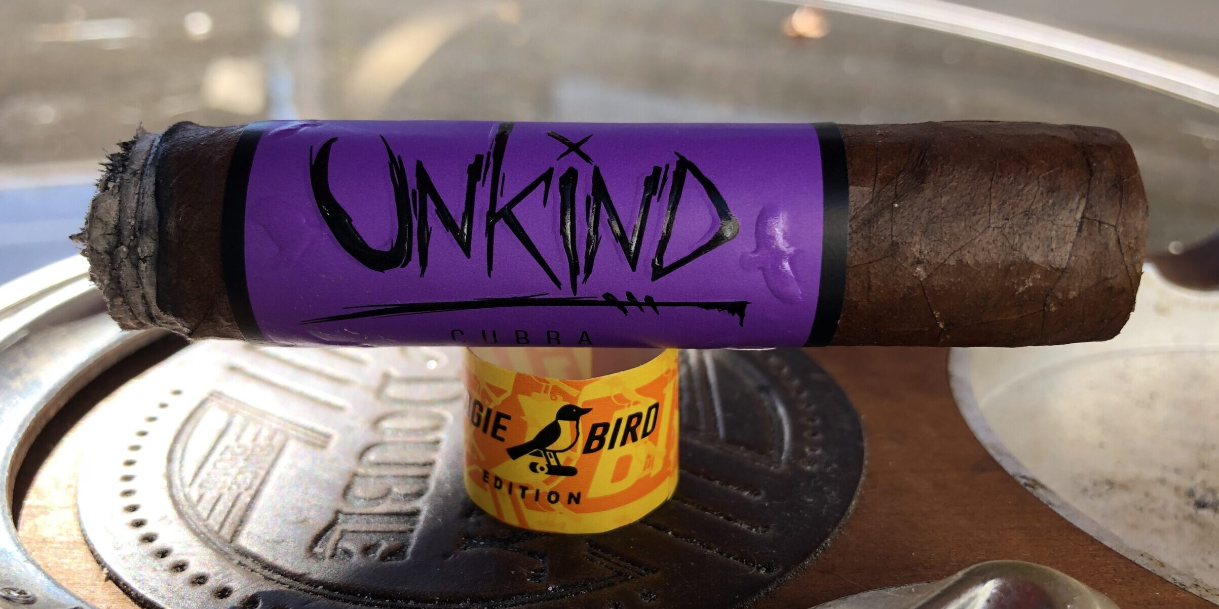 You are currently viewing Blackbird Unkind Cubra Robusto Stogiebird Edition Cigar Review