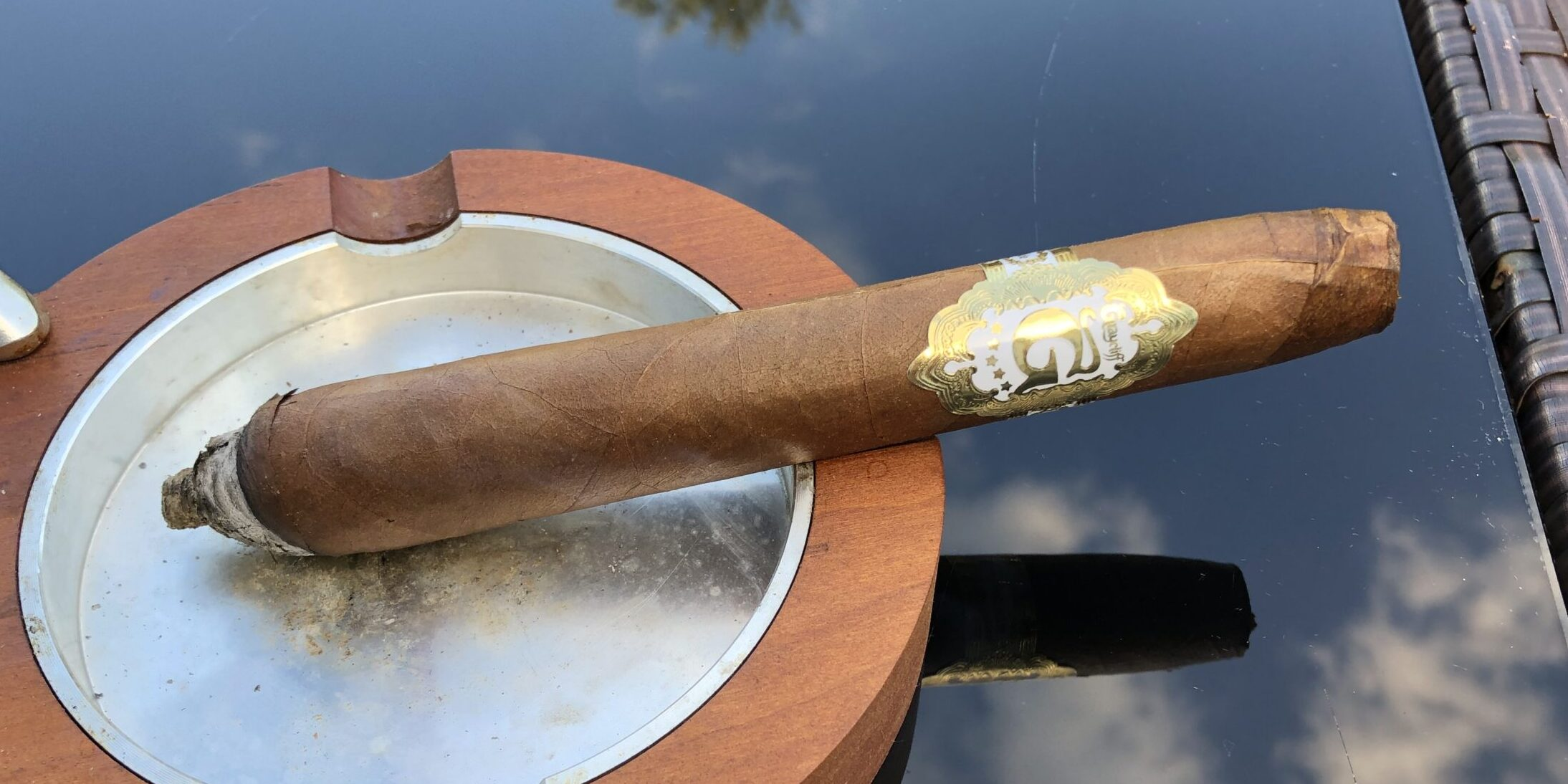 You are currently viewing Graycliff White Label Special Selection Salomone Cigar Review