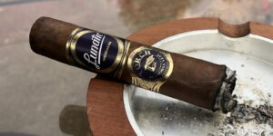 Read more about the article JFR Lunatic Torch Visionaries Toro Cigar Review