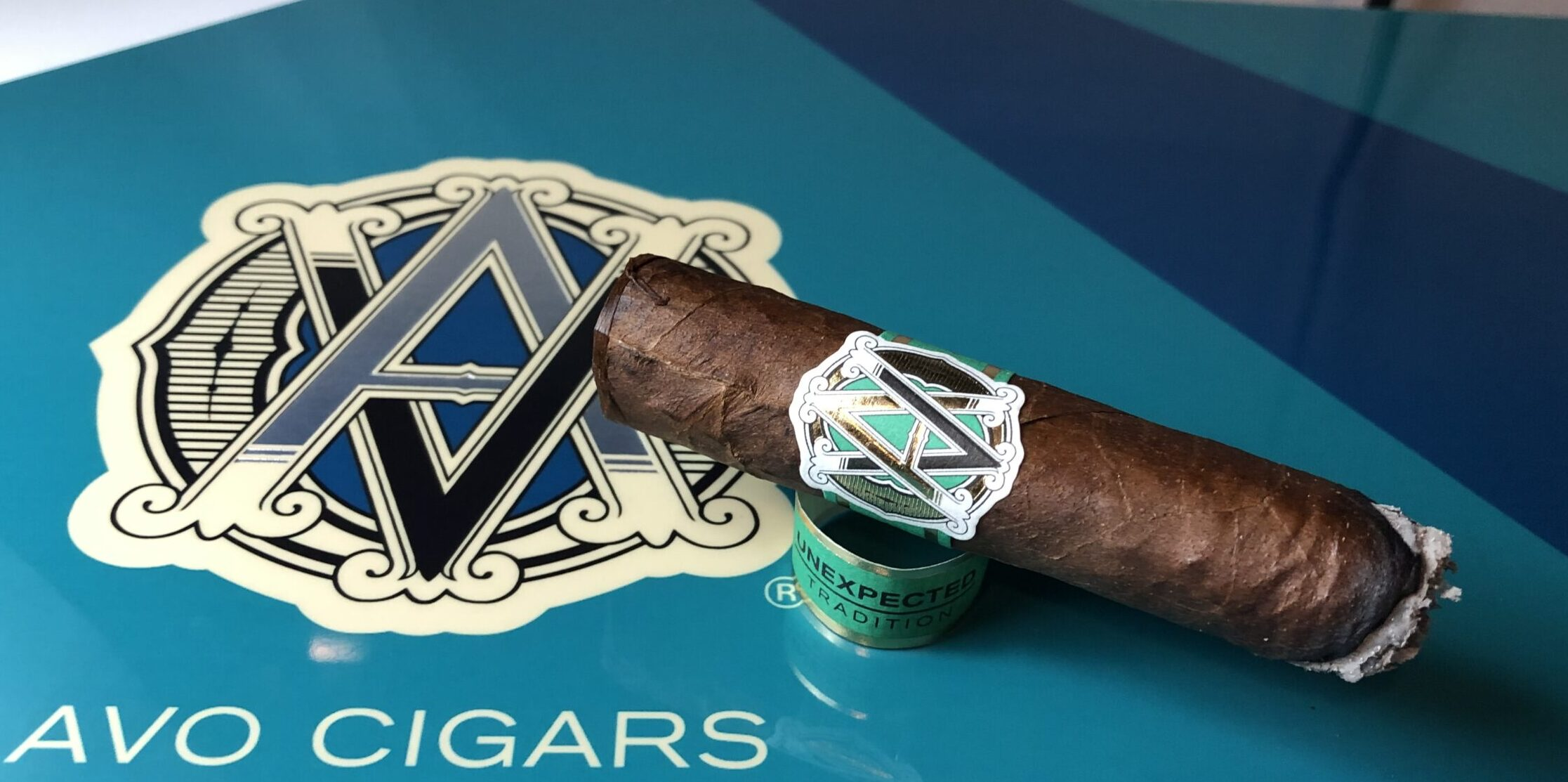 AVO Unexpected Series Tradition Toro Cigar Review