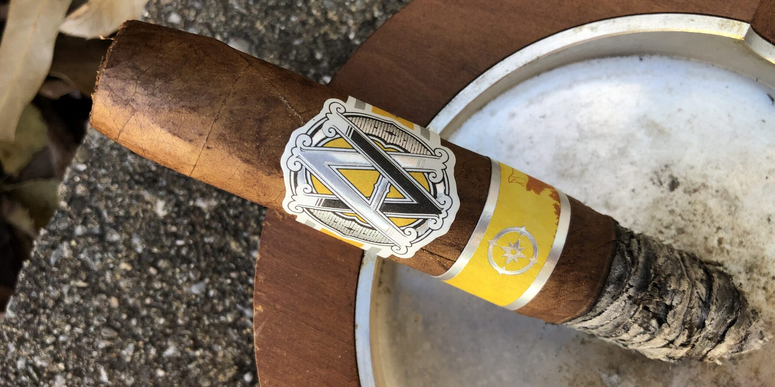 You are currently viewing AVO North Edition Perfecto Cigar Review
