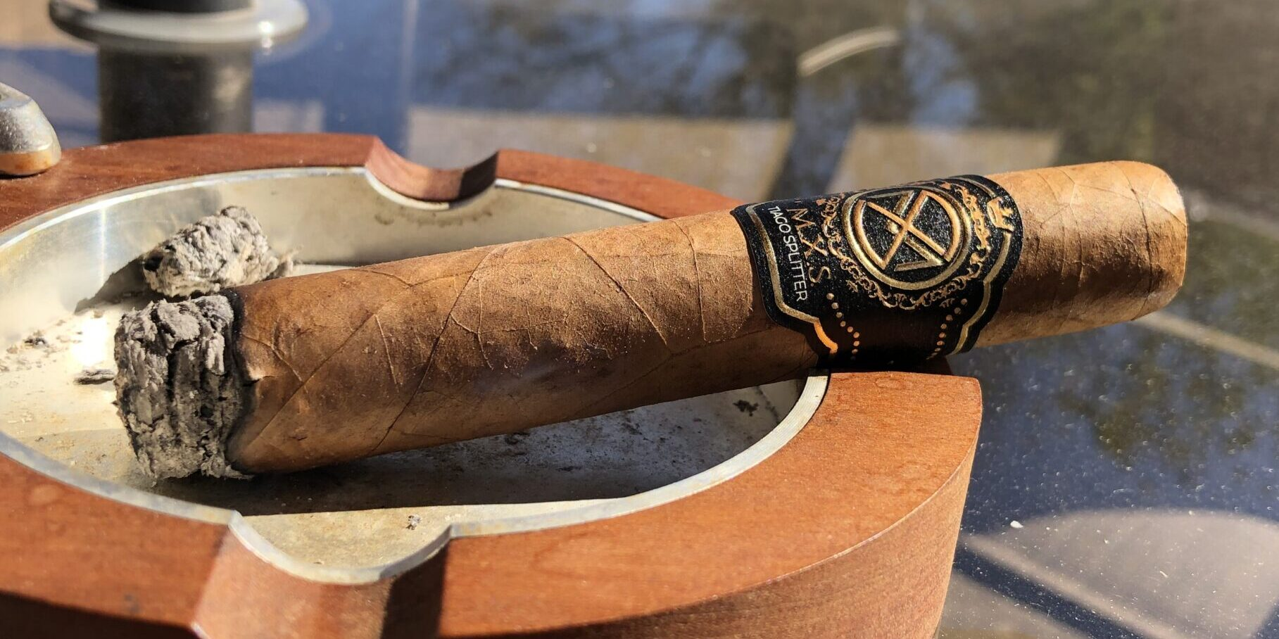 Read more about the article M.X.S. by Tiago Splitter Robusto Cigar Review