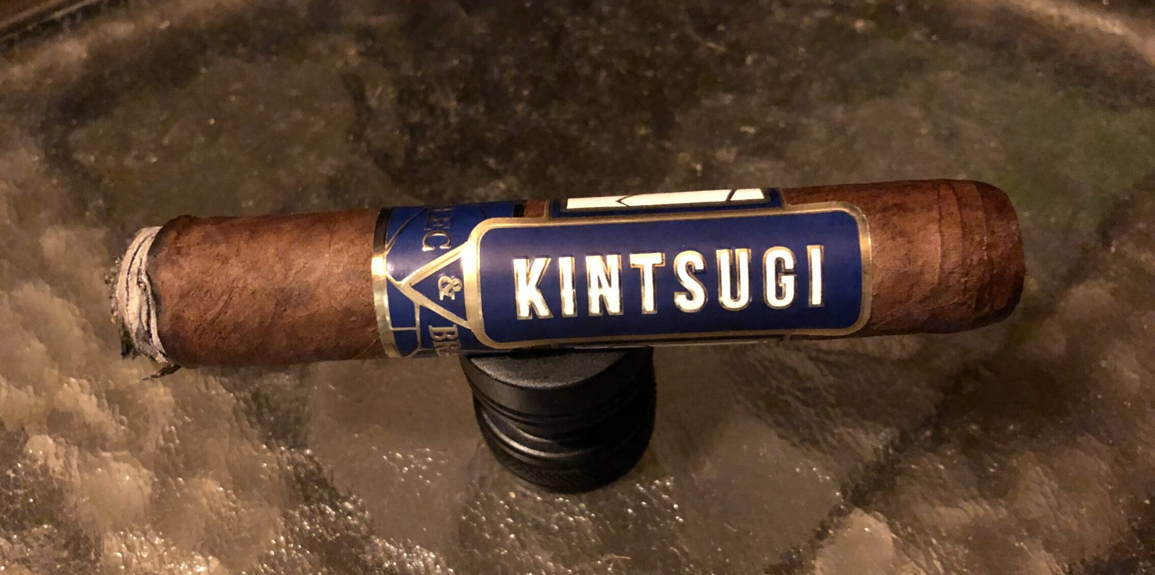 You are currently viewing Alec & Bradley Kintsugi Toro Cigar Review