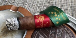 Read more about the article Principle Cigars Accomplice 2020 Holiday Bauble Cigar Review