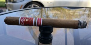 Read more about the article Crux Epicure Privada Exclusive Lonsdale Cigar Review