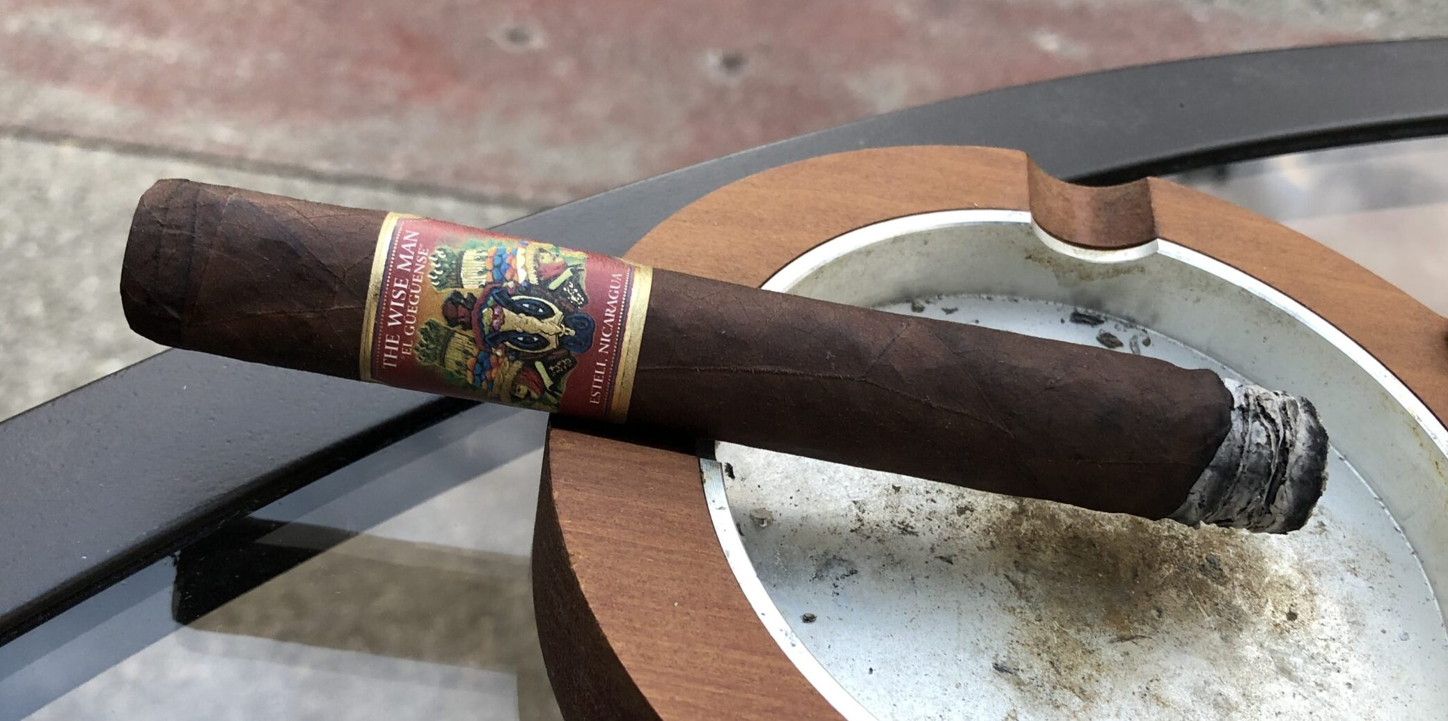 You are currently viewing El Gueguense The Wise Man Maduro Corona Gorda Cigar Review