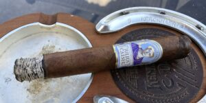 Read more about the article Diamond Crown Julius Caesar Toro Cigar Review