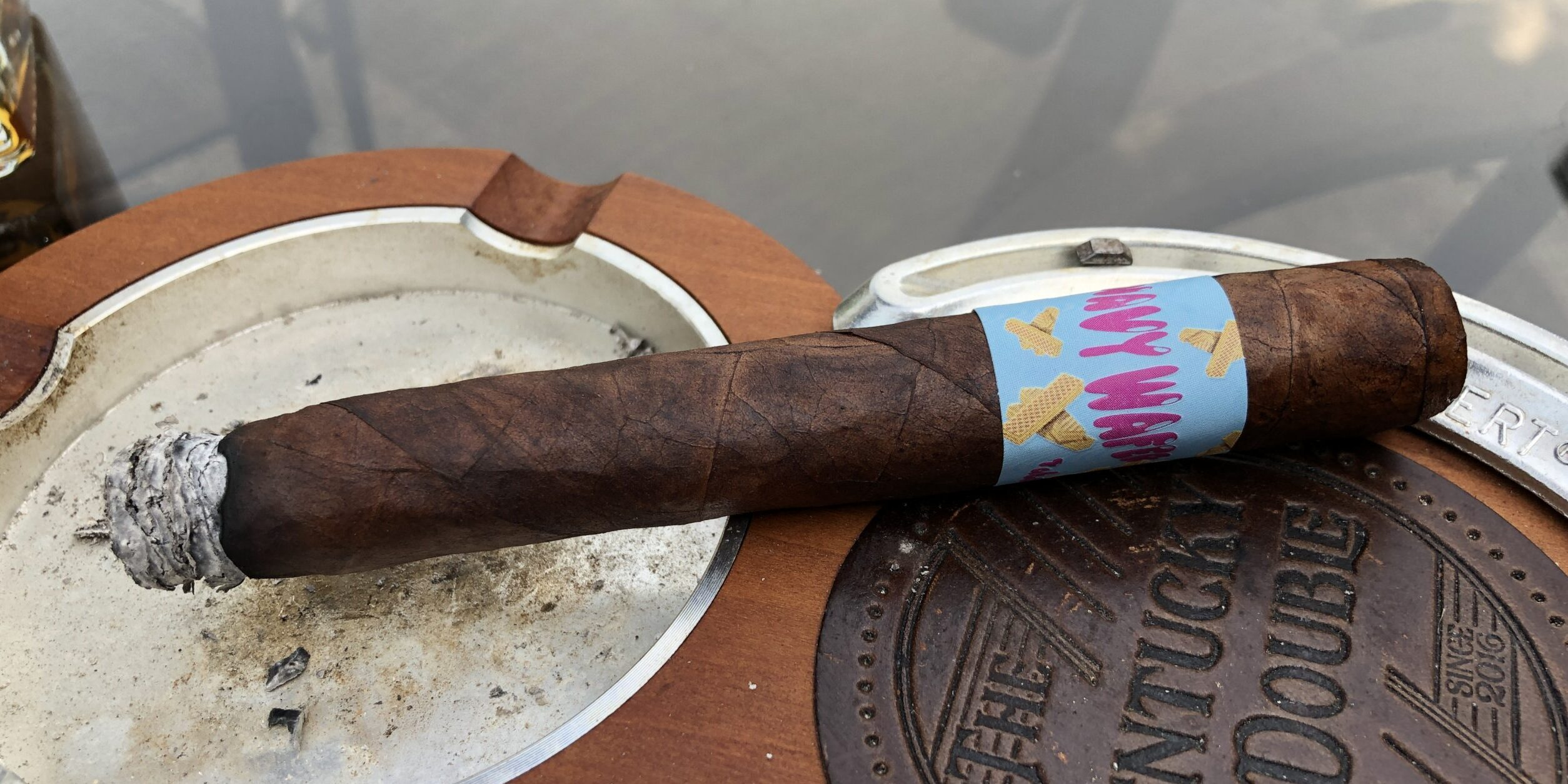 You are currently viewing Tabacalera Tropical Wavy Wafer Toro by Aganorsa Leaf Cigar Review