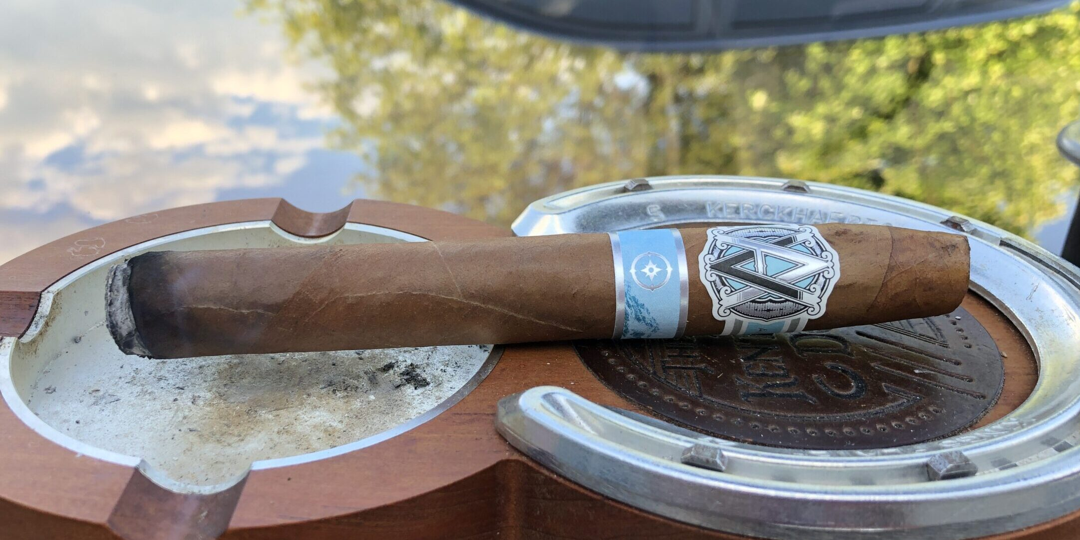 You are currently viewing AVO South Edition Torpedo Cigar Review