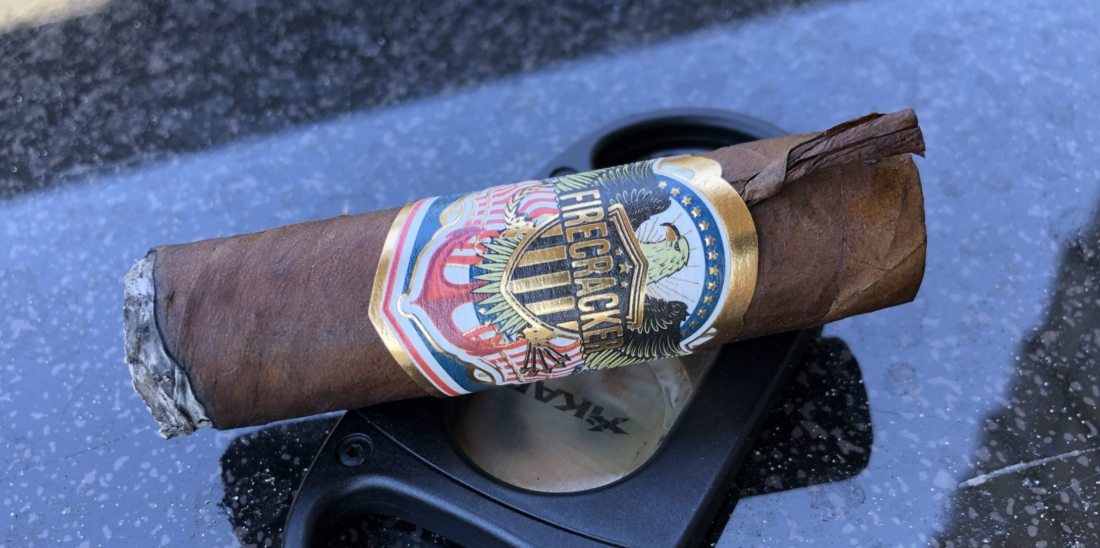 Read more about the article United Cigars 2021 Firecracker Short Robusto Cigar Review