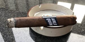 Read more about the article Fratello Arlequin Robusto Cigar Review