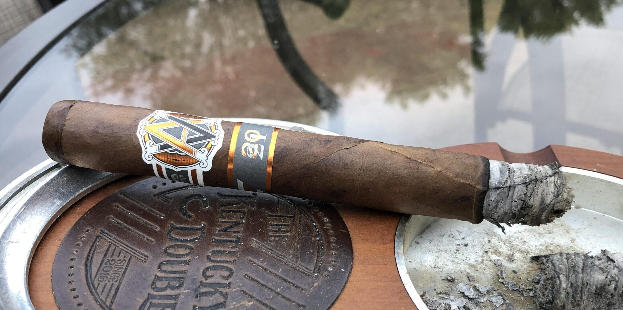 You are currently viewing AVO Improvisation Series 2021 Double Corona Cigar Review
