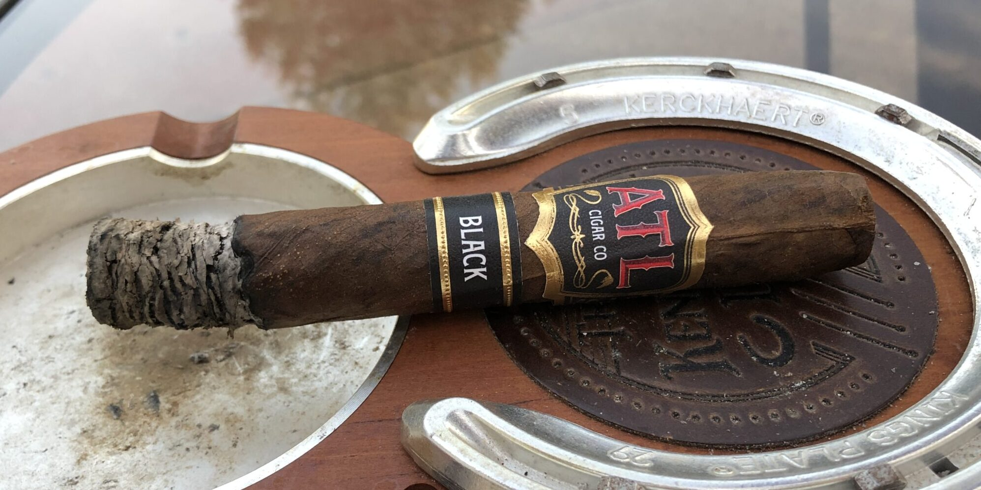 Read more about the article ATL Cigar Co. Black Torpedo Cigar Review